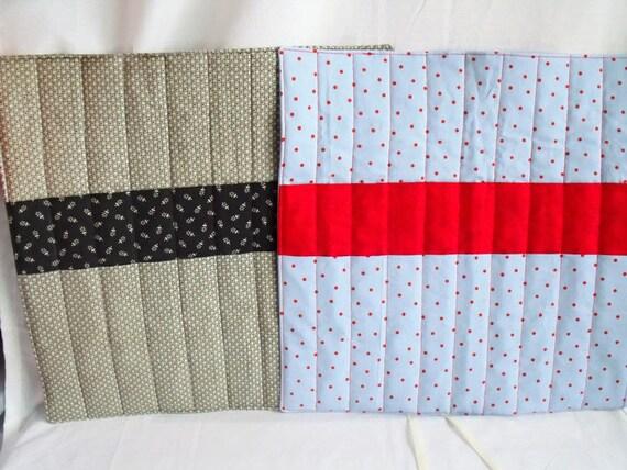 knitting needle roll, knitting needle holder, needle storage, knitting organizer, khaki and white cotton fabric