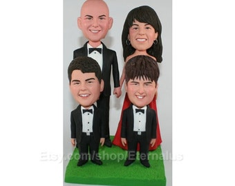 Customized Family Cake Topper,  Bride & Groom Personalized  Wedding Cake Topper