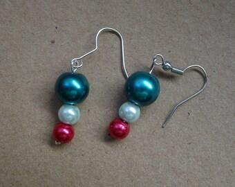 beaded earrings holiday