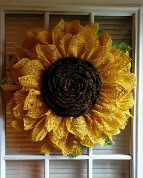 Sunflower wreath burlap by jfprettylittlethings on etsy for What to make with burlap