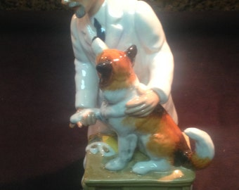 "Royal Doulton Porcelain figurine ""Thanks Doc"" HN 2731"
