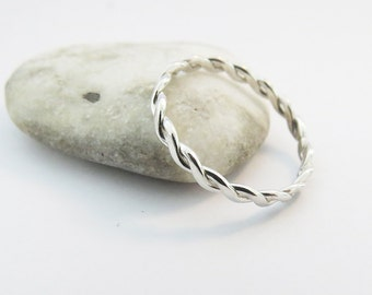 Silver Rope Infinity Twist Ring, Thin 925 Sterling Silver Ring, Delicate Twist Ring, Minimalist Ring, Dainty Ring, Gift For Her