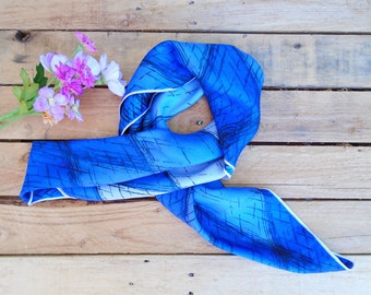 Vintage Blue Scarf, 80s Headscarf, Autumn Fashion, Womens Scarves, Eighties Accessories, Light Weight Cover Up