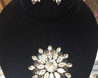Vintage Regency Brooch and Clip On Earring Set