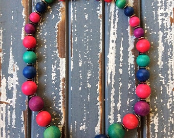 Color wood Bead Necklace