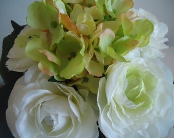 Hydrangea Ranunculus Bouquet Wedding Flowers Ivory Bridesmaids Flowers Floral Supplies #402A