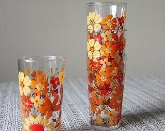 Set of 4 water glasses 70s flowers pattern  / Vintage Home deco ART de la Table / Holy10