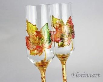 Autumn Wedding Glasses, Wedding flutes, Autumn Leaves, Maple Leaves, Warm Autumn Colors, Hand painted glasses, Personalized wedding glasses