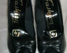 60's Winkle Picker Stiletto Heel Shoes - size 4/37  Mod/Beatnik