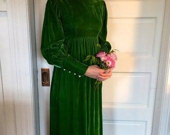 1970s Emerald Velvet Empire Waist Full Length Party Dress