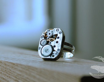 Steampunk. Steampunk jewelry. Ring steampunk. Gift for her. Mechanism. Ring with clockwork. Silver. Ring Watches. Dimensionless