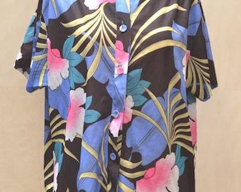 Vintage shirt for women, 70's 80's, tropcial flowers button-down shirt