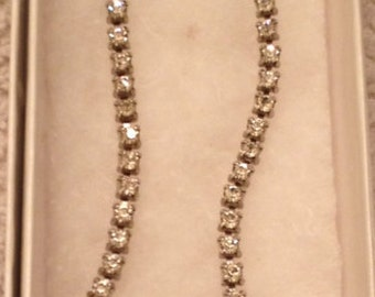 Vintage Rhinestone / Glass Necklace