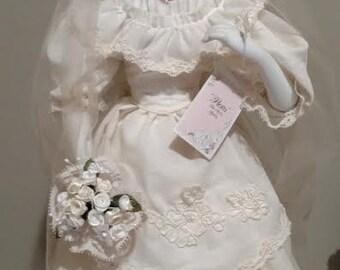 Flora Classic Brides of the Century Porcelain Doll 1990 w/Box/COA 1900s Bride