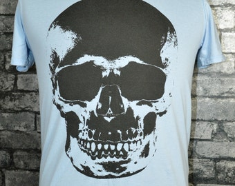 Skull print t-shirt, blue t-shirt with large print of a skull.