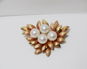 Vintage 14k Yellow Gold Leaves Pearl Pin/Brooch.