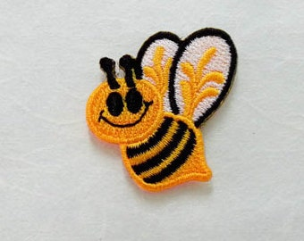 Little Bee Iron on patch - Bee Applique Embroidered Iron on Patch
