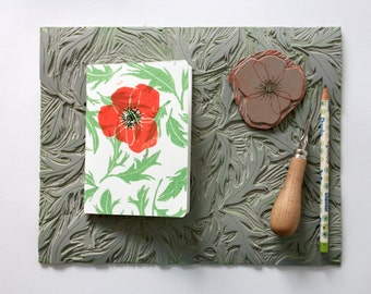 Notebook A6 poppy and leaves. 40 white pages.  Linocut. Pressing 2 colors. Red and green.