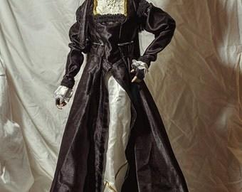Dollfie Renaissance gown