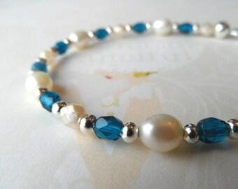 Bridal bracelet, bride bracelet, wedding bracelet, something blue bracelet, pearls bridal bracelet, freshwater pearls bracelet