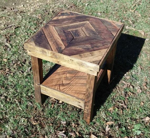tischplatte konstruiert aus paletten holz und ein hauch von. Black Bedroom Furniture Sets. Home Design Ideas