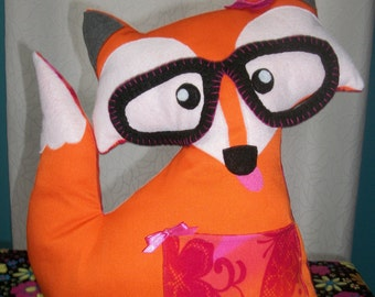 Pink fox cushion