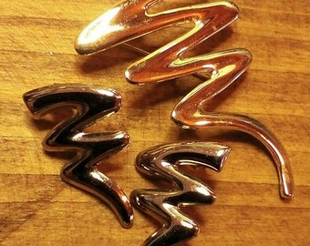 SALE!! Big Squiggles!!  Silvertone Earrings and Goldtone Pin (was 8.00)