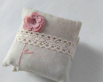Wedding favors, unique favors, party favors, lavender sachets, lavender pillows, lavender fragrance,crochet favors, set of 3