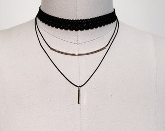 008- 3 peice separate choker necklace with elastic and bar detail