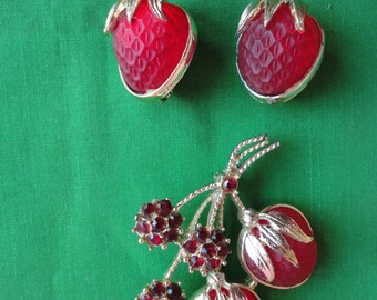 Sarah Coventry Strawberry Brooch and Earrings