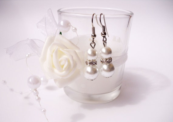 bridesmaid gift bridesmaid earrings freshwater pearl earrings white pearl earring wedding earrings wedding gift