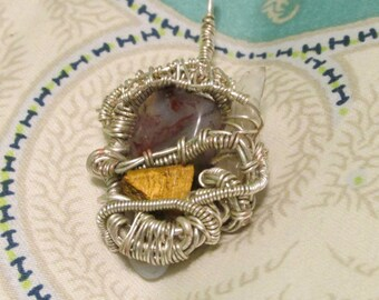 Wire crystal necklace