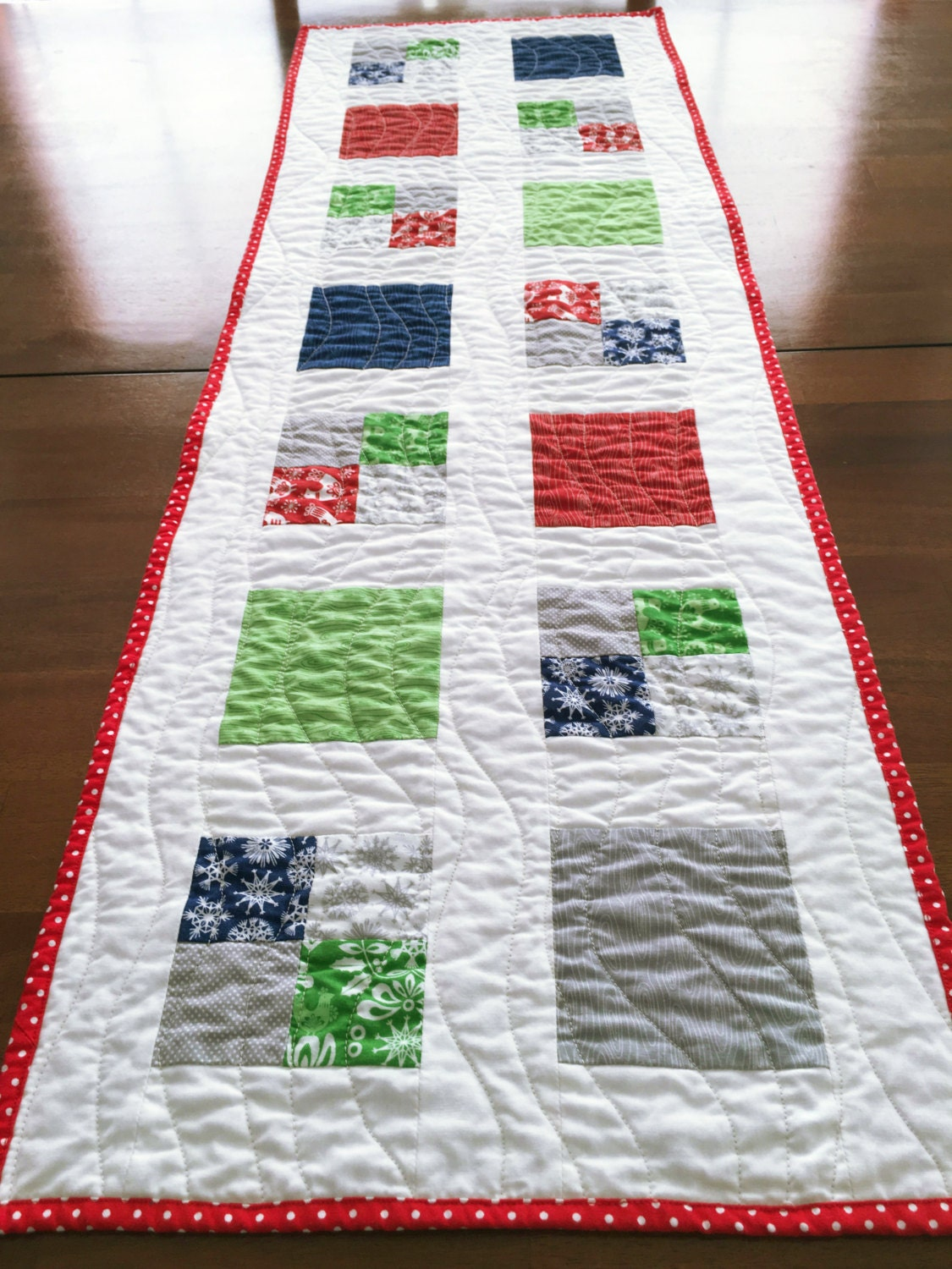 Quilted table runner folk art holiday fabric 14 x for 102 table runner