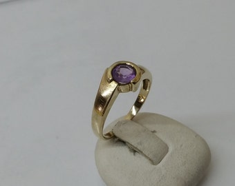 Old 333 gold ring with Amethyst 16 mm, size 5.2 GR105