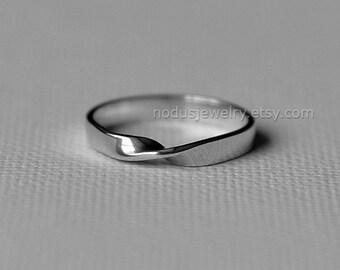 Mobius ring, sterling silver ring, moebius ring