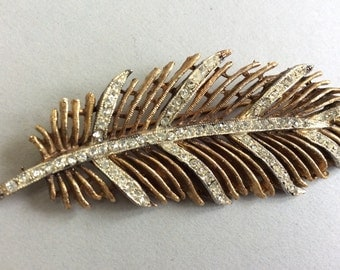 Kramer Gold Tone Feather and Rhinestone Brooch/Pin