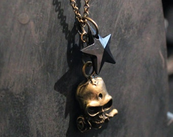Necklace chain metal bronze with Pearl Black Star and pendant skull