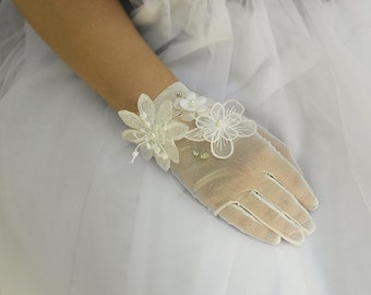 Wedding Gloves, Lace Flower Bridal Gloves, French Lace Gloves, Short Gloves, Rhinestone  Glove, Crystal Beaded Lace Gloves GL003