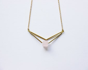 CUvE rose quarzt necklace,  brass necklace, minimalist necklace, geometric necklace, gemstone necklace