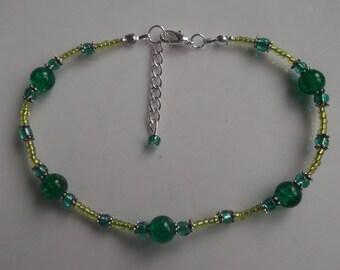 Green anklet, green ankle bracelet, stretch anklet, beaded anklet, glass beaded anklet, beach anklet, beach jewellery, boho  anklet