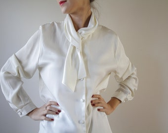 Real Vintage Ivory Blouse with Tie Creamy Blouse Bow
