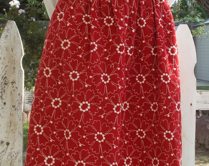Vintage 80s Boho Hippie Chic Red White Embroidered Flowers Floral Preppy School Girl Womens Knee Length Elastic Waist Skirt