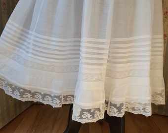 Superb bridal petticoat voile embroidered cotton lace waist - 12157