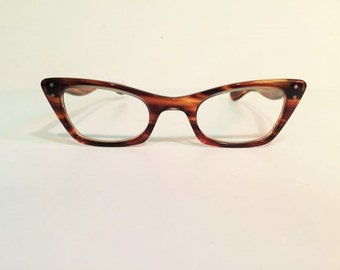 Vintage Bausch and Lomb Amber Tortoise Shell Cat Eye Glasses Frames, New Old Stock, Winged Cat Eye Glasses, 50s 60s Amber Brown Eyeglasses