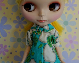 Retro Blue Daisy Mini Dress with Yellow Polka Dot Stockings Set * Blythe * Pullip * GROOVY!