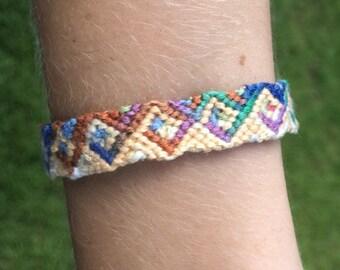 Greek Wave Friendship Bracelet (Adjustable)