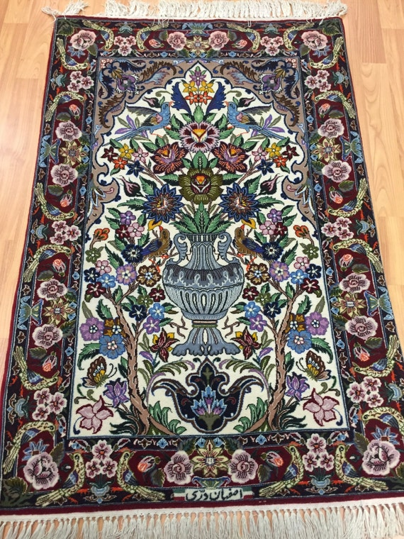"2'5"" x 3'7"" Persian Isfahan Oriental Rug - Fine - Wool and Silk - Hand Made"