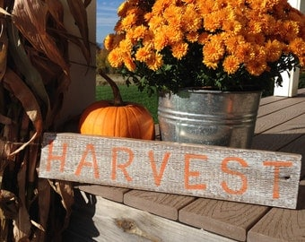 Barn Board Harvest Sign