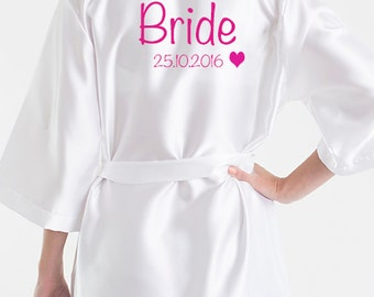 White Bride Dressing Gown. Bride Robe ideal for weddings. Bridesmaid Dressing Gown. Personalised with your text across the back.
