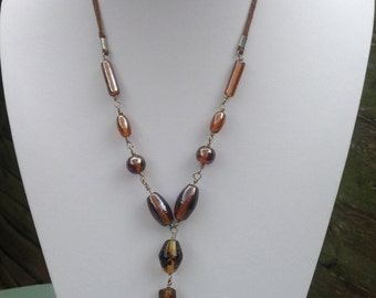 Lovely vintage brown bead necklace